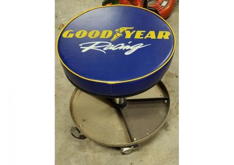 Goodyear Racing Mechanics Pneumatic Roller Seat